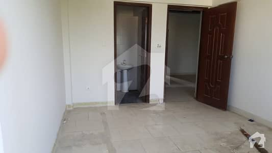 ڈی ایچ اے فیز 6 ڈی ایچ اے کراچی میں 3 کمروں کا 5 مرلہ فلیٹ 1.5 کروڑ میں برائے فروخت۔