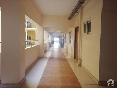 کلفٹن ۔ بلاک 8 کلفٹن کراچی میں 2 کمروں کا 5 مرلہ فلیٹ 1.95 کروڑ میں برائے فروخت۔