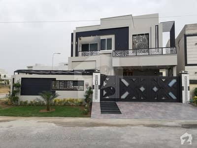 Brand New 1 Kanal Corner House For Sale Neelam Block