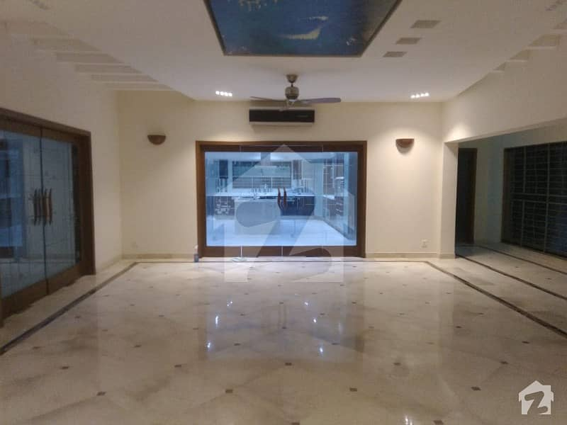 2 Kanal New 5 Master Bed Rooms Luxury Bungalow