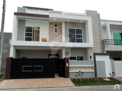 جیون سٹی - فیز 4 جیون سٹی ہاؤسنگ سکیم ساہیوال میں 8 مرلہ مکان 1.7 کروڑ میں برائے فروخت۔