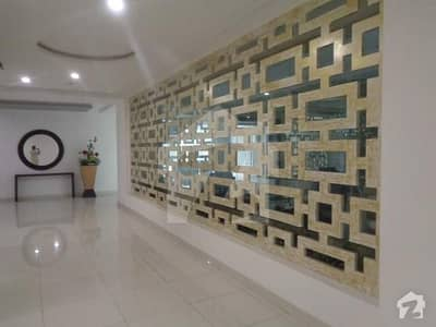 Spacious 350  Square Feet Flat Available For Sale In Jaranwala Road