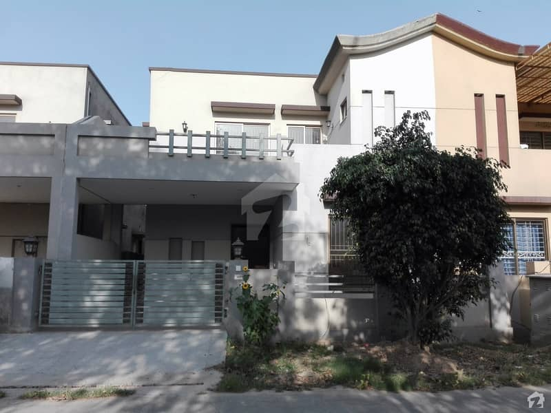 House Of 8 Marla For Sale In Divine Gardens