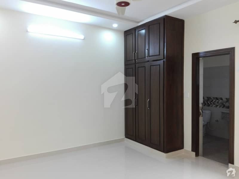 10 Marla Upper Portion In Stunning Pakistan Town Is Available For Rent