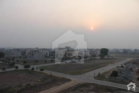 پارک ویو ولاز - ٹولپ اوورسیز پارک ویو ولاز لاہور میں 4 کمروں کا 5 مرلہ مکان 90 لاکھ میں برائے فروخت۔