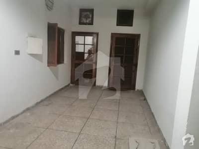 جی ۔ 6/1 جی ۔ 6 اسلام آباد میں 1 کمرے کا 1 مرلہ کمرہ 20 ہزار میں کرایہ پر دستیاب ہے۔