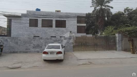گلبرگ 3 - بلاک جے گلبرگ 3 گلبرگ لاہور میں 5 کمروں کا 2 کنال مکان 3 لاکھ میں کرایہ پر دستیاب ہے۔
