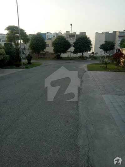 F Block Beautiful Location One Kanal Plot For Sale