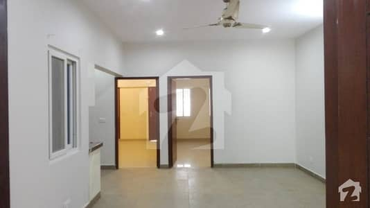 Three Bed Rooms For Sale Nishat Commercial