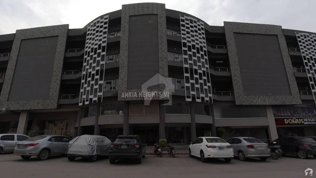 بحریہ ہائٹس بحریہ ٹاؤن راولپنڈی راولپنڈی میں 2 کمروں کا 7 مرلہ فلیٹ 1.2 کروڑ میں برائے فروخت۔