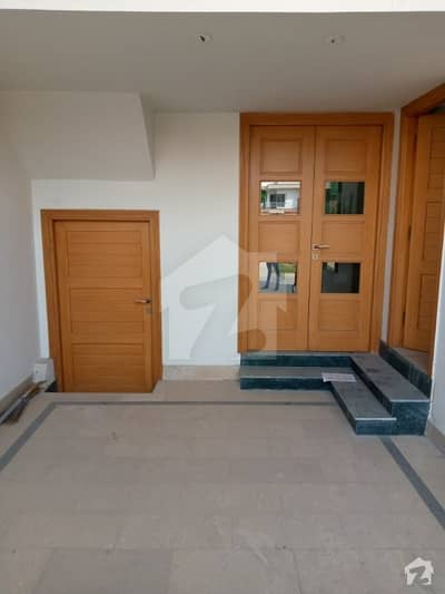 Perfect 5.5 Marla House In Amin Town For Sale