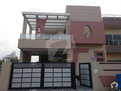 لیک سٹی ۔ سیکٹر ایم ۔ 5 لیک سٹی رائیونڈ روڈ لاہور میں 4 کمروں کا 10 مرلہ مکان 2.25 کروڑ میں برائے فروخت۔