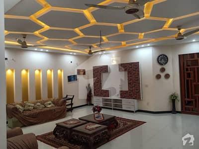 دیگر آئی ای پی انجنیئرز ٹاؤن ۔ سیکٹر اے آئی ای پی انجینئرز ٹاؤن لاہور میں 5 کمروں کا 18 مرلہ مکان 2.65 کروڑ میں برائے فروخت۔