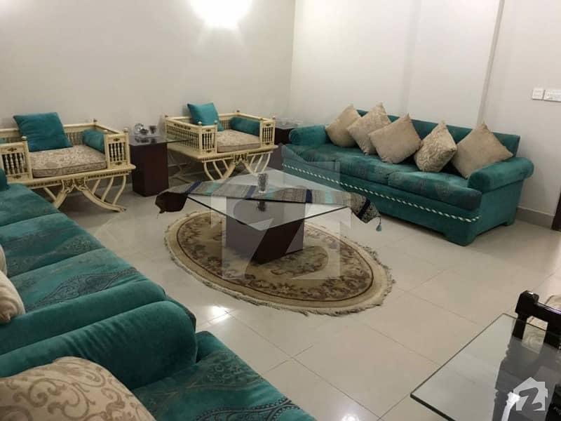 سحر کمرشل ایریا ڈی ایچ اے فیز 7 ڈی ایچ اے کراچی میں 3 کمروں کا 10 مرلہ فلیٹ 1.85 کروڑ میں برائے فروخت۔