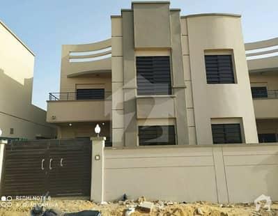 صائمہ لگژری ہومز کراچی میں 5 کمروں کا 11 مرلہ مکان 2.1 کروڑ میں برائے فروخت۔