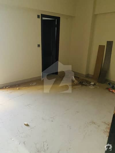 900  Square Feet Flat In Rashid Minhas Road For Rent At Good Location