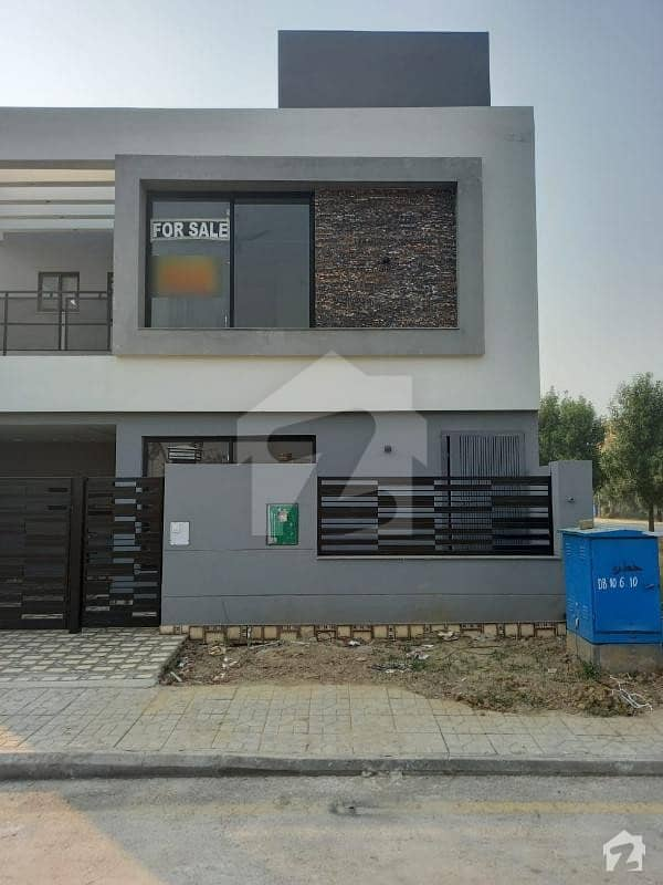بحریہ آرچرڈ فیز 1 ۔ ایسٹزن بحریہ آرچرڈ فیز 1 بحریہ آرچرڈ لاہور میں 4 کمروں کا 5 مرلہ مکان 1.16 کروڑ میں برائے فروخت۔