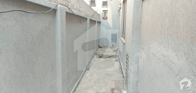 10 Marla House Available For Rent In Askari