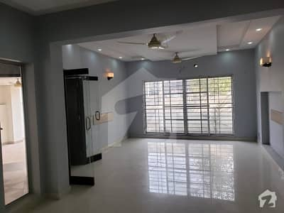 4 Kanal  Commercial House Is Available For Rent