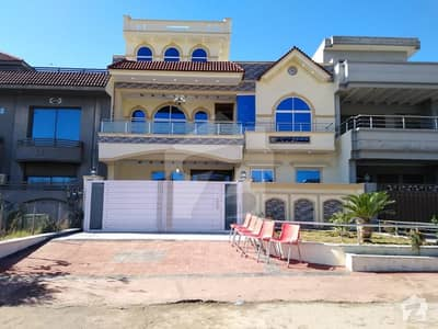 272 Square Yard Double Storey House For Sale In G13 Islamabad