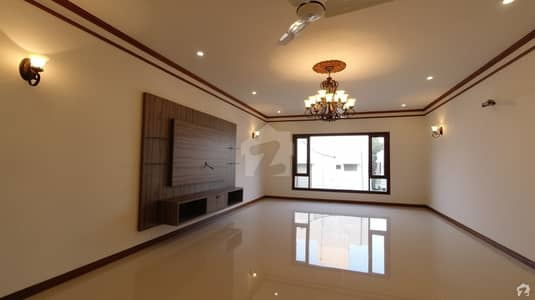 9000  Square Feet House Is Available For Sale