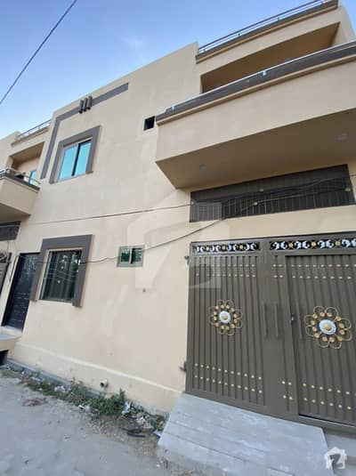 House Of 675  Square Feet Available In Adalat Garh