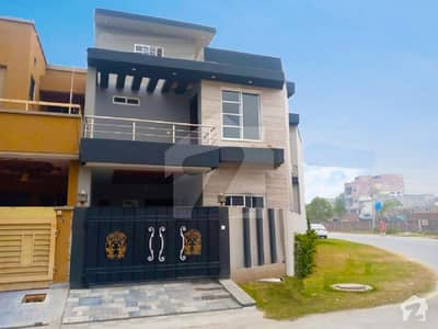 Corner Location 6 Marla Marla Luxury House No 92 Block C Available For Sale In Bankars Avenue Cooperative Housing Society Lahore