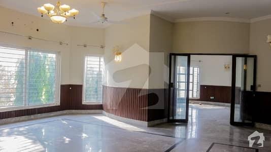 ڈی ایچ اے فیز 1 - سیکٹر بی ڈی ایچ اے ڈیفینس فیز 1 ڈی ایچ اے ڈیفینس اسلام آباد میں 3 کمروں کا 1 کنال مکان 65 ہزار میں کرایہ پر دستیاب ہے۔