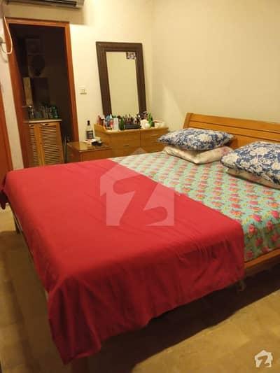 ڈی ایچ اے فیز 6 ڈی ایچ اے کراچی میں 3 کمروں کا 5 مرلہ فلیٹ 1.08 کروڑ میں برائے فروخت۔