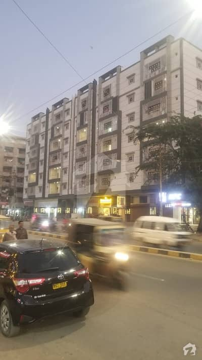 900  Square Feet Flat In Central Nishtar Road (Lawrence Road) For Sale