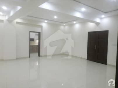 بحریہ ٹاؤن فیز 7 بحریہ ٹاؤن راولپنڈی راولپنڈی میں 2 کمروں کا 4 مرلہ فلیٹ 40 ہزار میں کرایہ پر دستیاب ہے۔