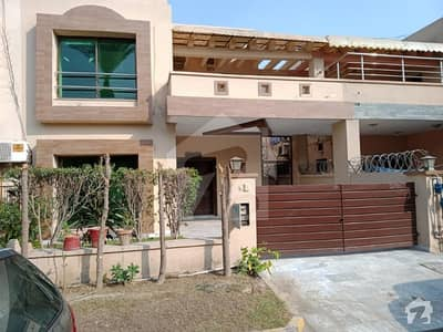 9 Marla Villa Available For Sale In Bedian Road Lahore