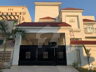 10 Marla Corner House For Sale Constructed With High Quality Materials