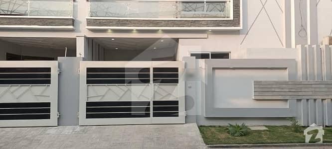 ملتان پبلک سکول روڈ ملتان میں 3 کمروں کا 5 مرلہ مکان 85 لاکھ میں برائے فروخت۔