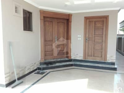 House For Sale In D-12