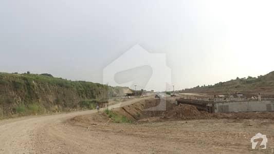 ڈی ایچ اے ویلی - ڈیفوڈِلز سیکٹر ڈی ایچ اے ویلی ڈی ایچ اے ڈیفینس اسلام آباد میں 5 مرلہ رہائشی پلاٹ 13 لاکھ میں برائے فروخت۔