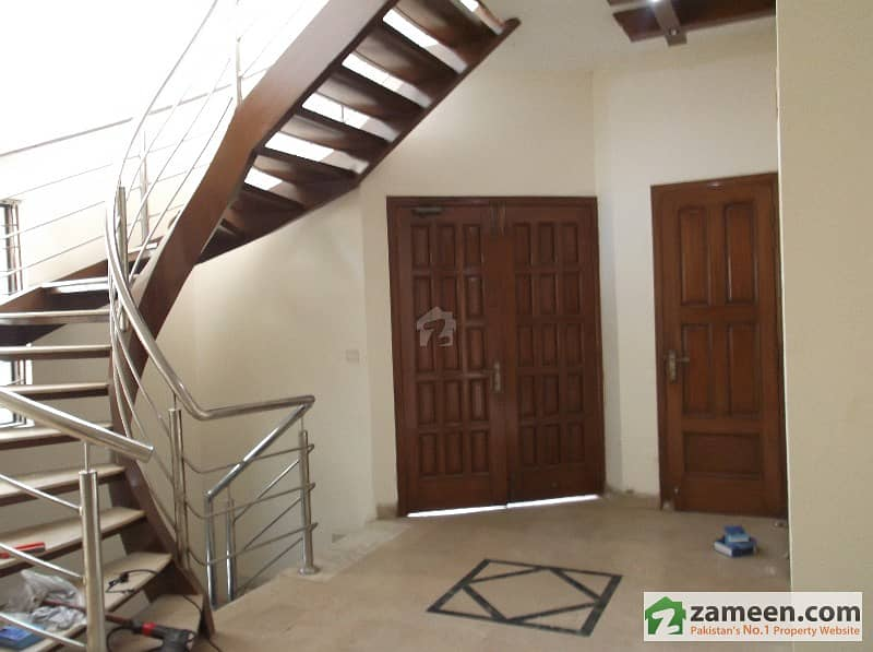 Double Unit 10 Marla House For Rent Near Adil Hospital DHA Defence