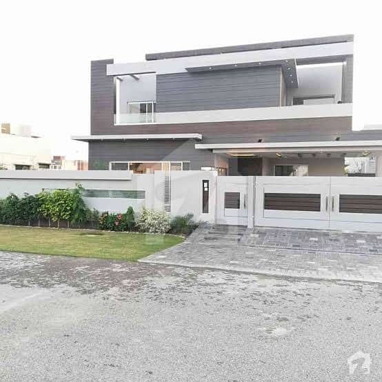 Brand New Luxury Kanal Corner 3 Storey House For Rent  10 Beds 10 Parking All Facility Available