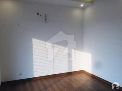 10 Marla Bungalow Neat  Clean In Dha Top Location Phase 7