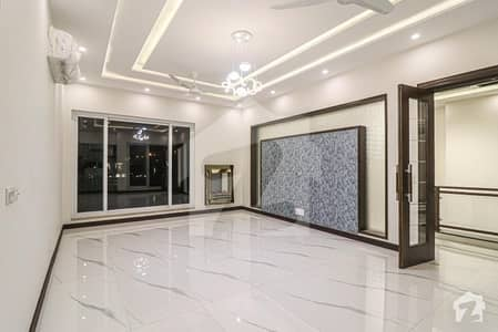 4500  Square Feet House In Dha Defence For Sale At Good Location