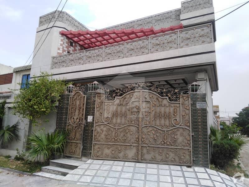 حیات آباد فیز 2 - جے4 حیات آباد فیز 2 حیات آباد پشاور میں 7 کمروں کا 10 مرلہ مکان 3.5 کروڑ میں برائے فروخت۔