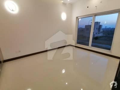ڈی ایچ اے 9 ٹاؤن ڈیفنس (ڈی ایچ اے) لاہور میں 3 کمروں کا 5 مرلہ مکان 65 ہزار میں کرایہ پر دستیاب ہے۔