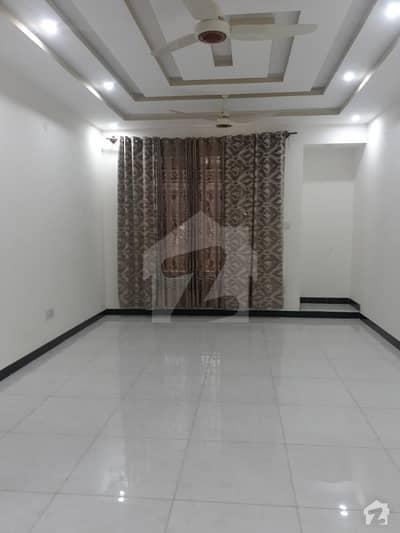 فیڈریشن ہاؤسنگ سوسائٹی - او-9 نیشنل پولیس فاؤنڈیشن او ۔ 9 اسلام آباد میں 2 کمروں کا 10 مرلہ بالائی پورشن 32 ہزار میں کرایہ پر دستیاب ہے۔