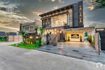 Attractive Villa came with Basement Located At Prime Site in Phase 6