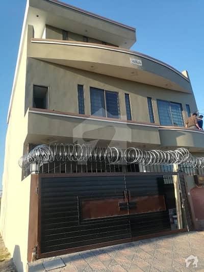 آئی ۔ 14/2 آئی ۔ 14 اسلام آباد میں 3 کمروں کا 7 مرلہ مکان 2.3 کروڑ میں برائے فروخت۔