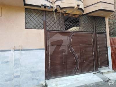 Warsak Road 5 Marla House Up For Sale
