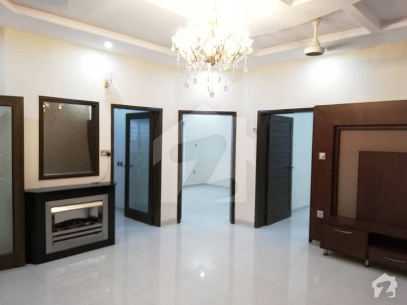 8 Marla Beautiful House For Sale In Umar Block Sector B Bahria Town Lahore