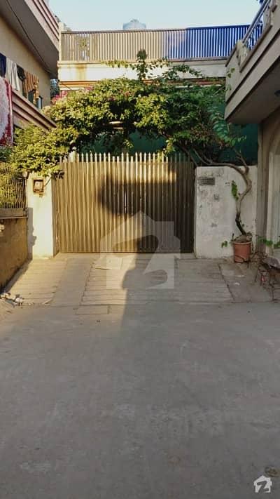 اڈیالہ روڈ راولپنڈی میں 5 کمروں کا 11 مرلہ مکان 1.05 کروڑ میں برائے فروخت۔