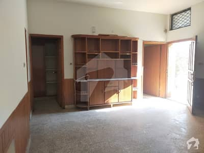 3200 Square Feet Seprate Gate Upper Portion For Rent In I-83