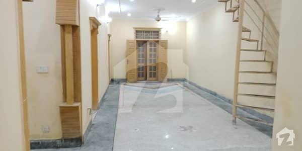 جی ۔ 6 اسلام آباد میں 3 کمروں کا 7 مرلہ زیریں پورشن 48 ہزار میں کرایہ پر دستیاب ہے۔